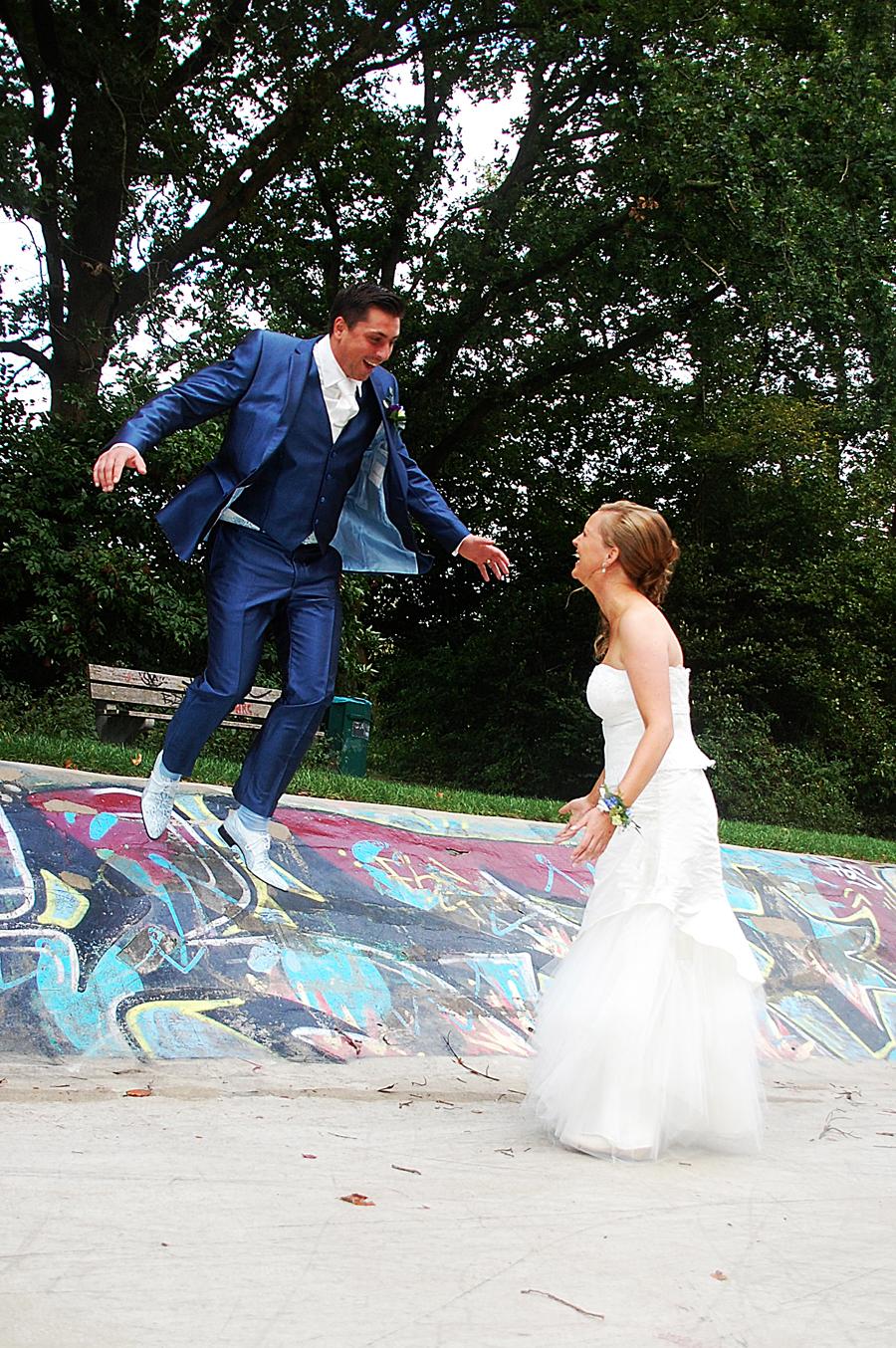Jurk Voor Bruiloft Vriendin.S Avonds Trouwen Een Leuke Persoonlijke Ceremonie En Dansen Op