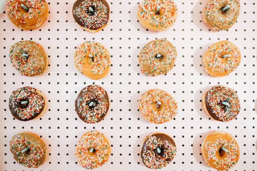 donutmuur bruiloft