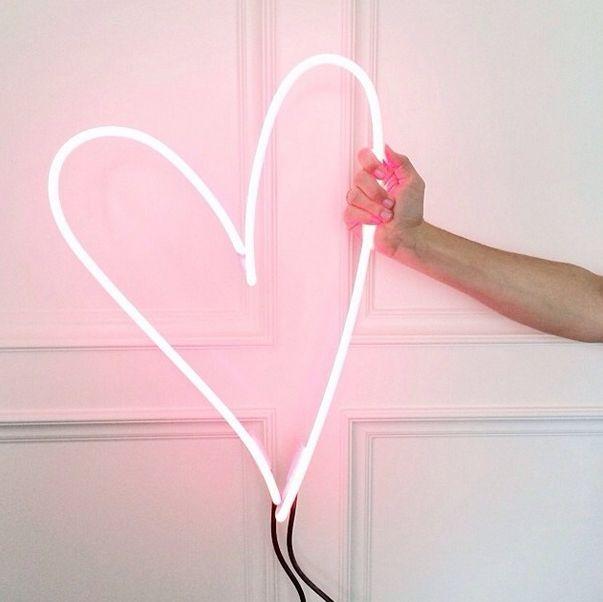 Neon hart