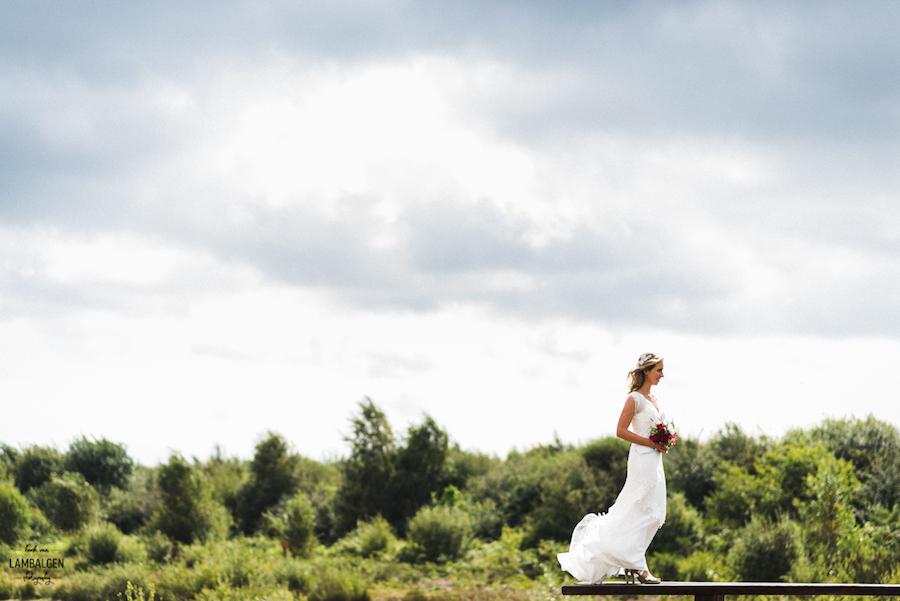 sluike kanten trouwjurk