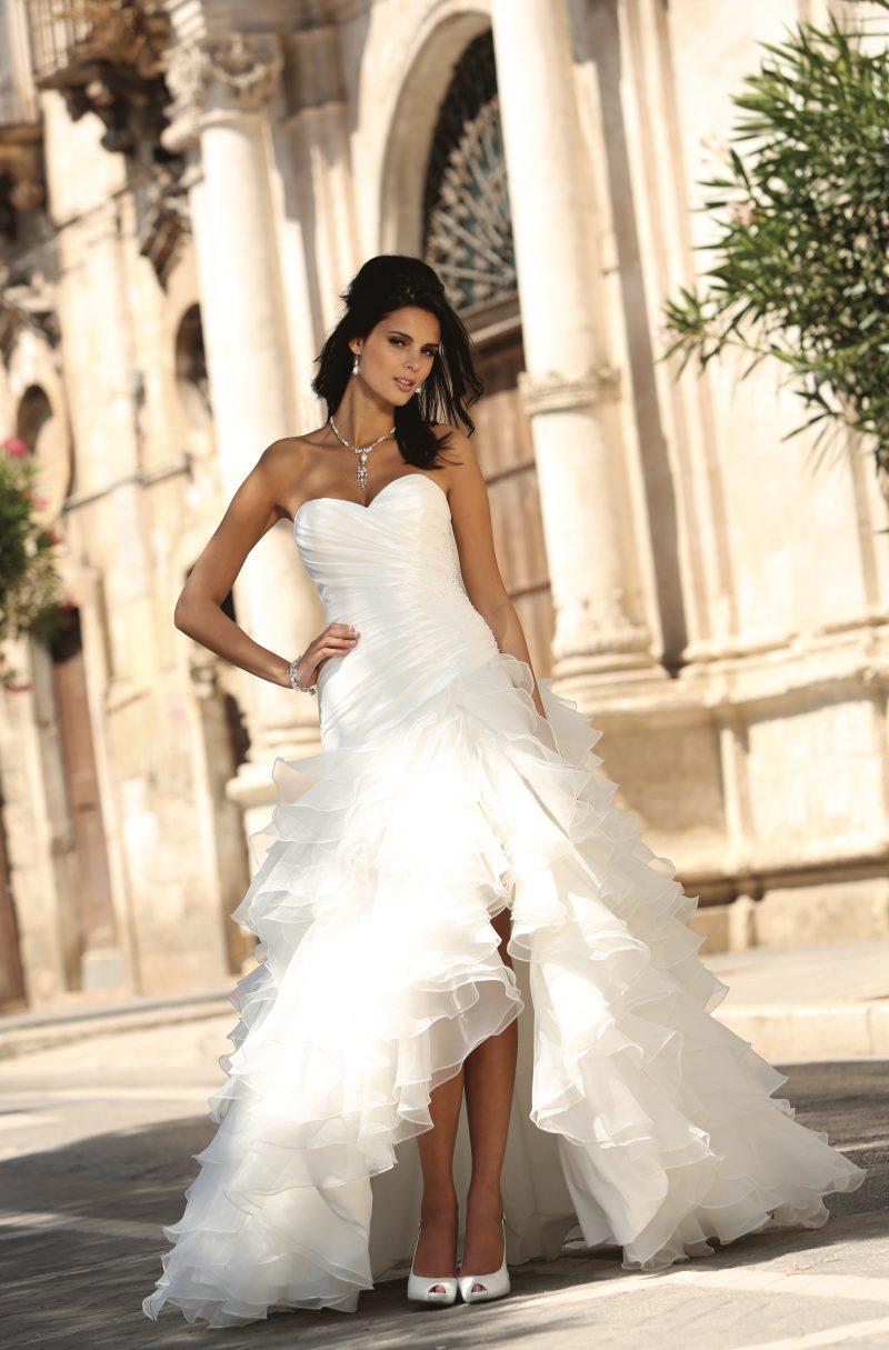 Betaalbare Bruidsjurken.Betaalbare Trouwjurken Bruidsmode Kies Je Favoriet Assepoester