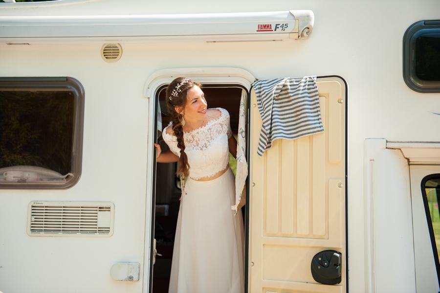 Crop top trouwjurk met gladde rok en kanten top met boothals Assepoester