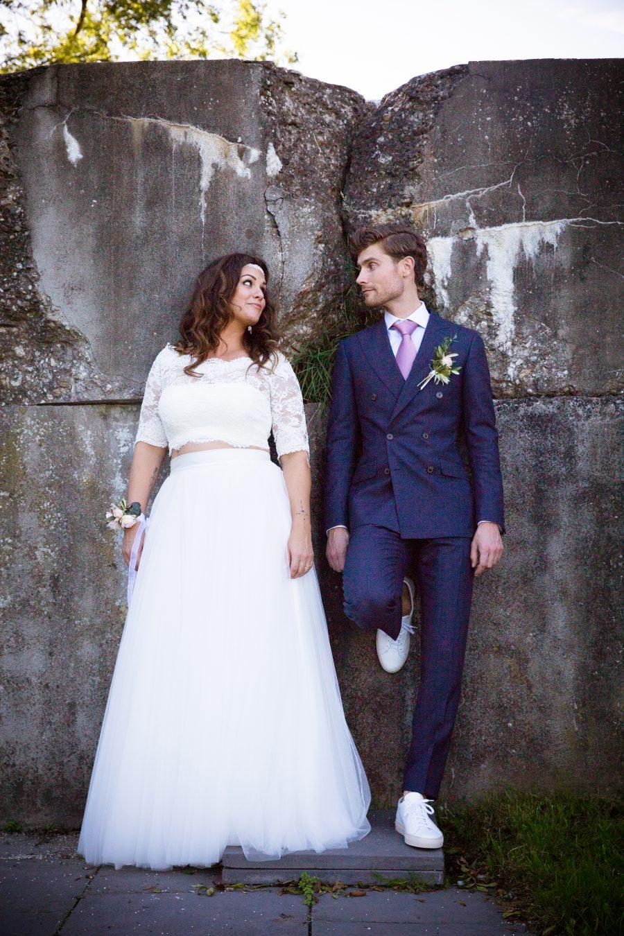 mix en match trouwjurk met volle rok en kanten top
